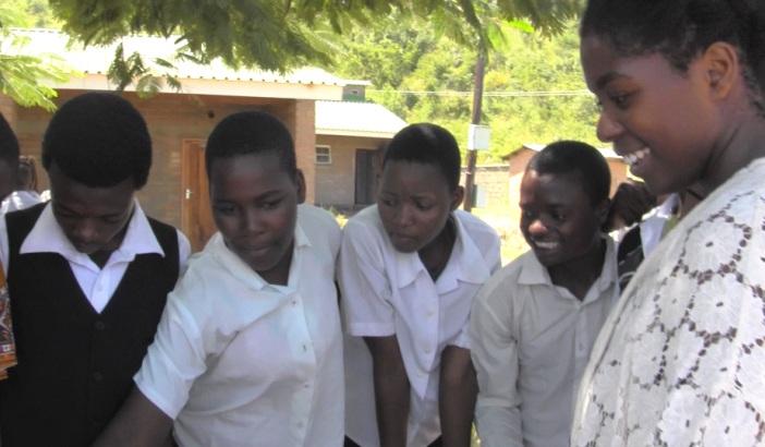Nyasa Table Students.jpg