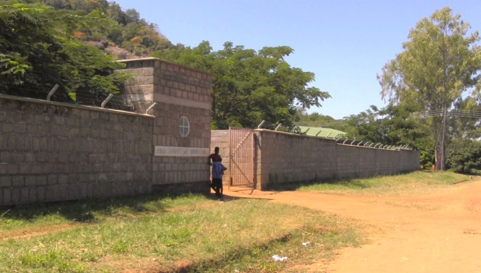 Wideshot Chikweo School Sign